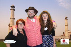 Alături de Mihaela Roxana și Emil Călinescu, fotodivertisment oferit de PartySnap, sponsor în competiție