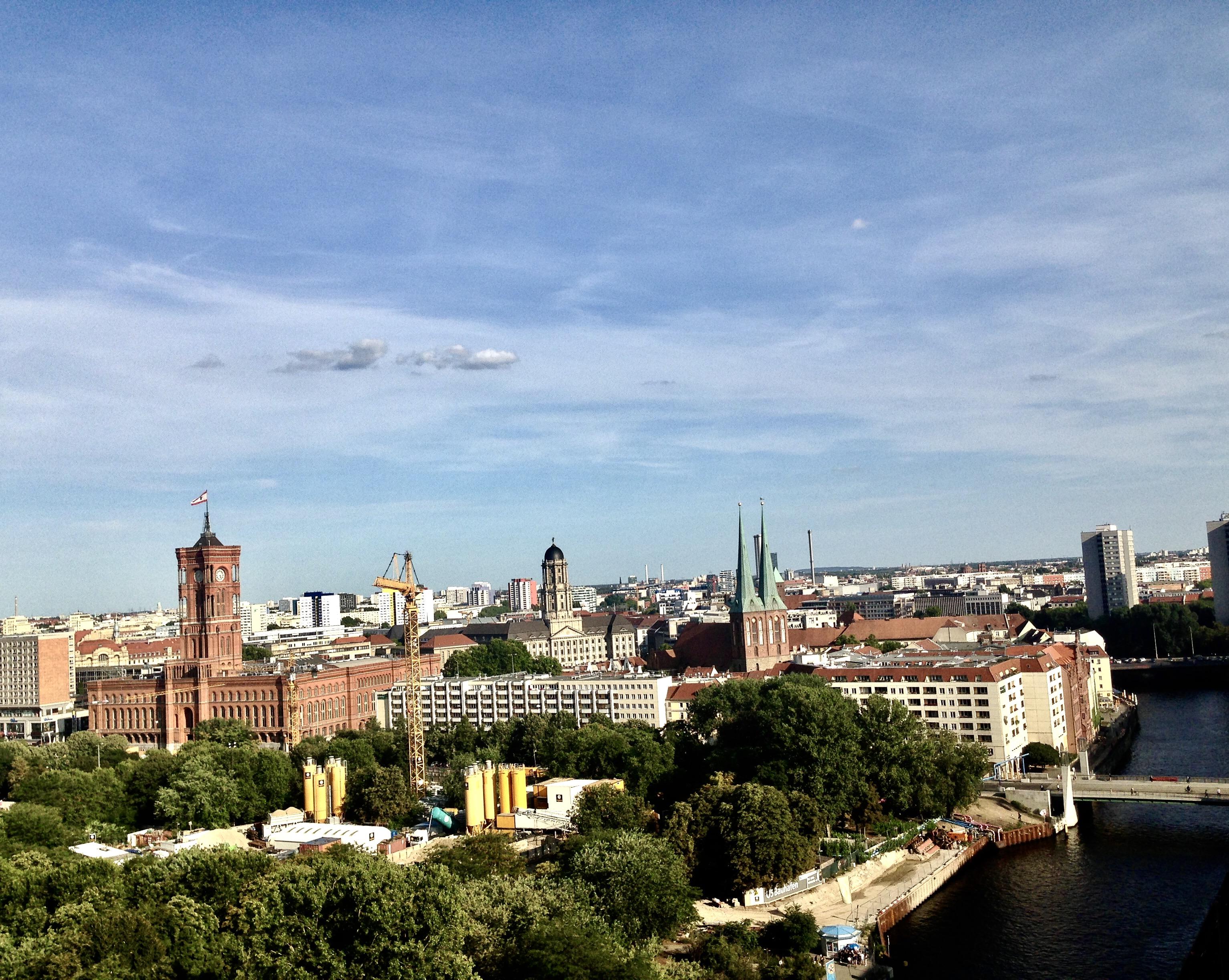 Iar din domnul catedralei, priveliștea este și mai frumoasă