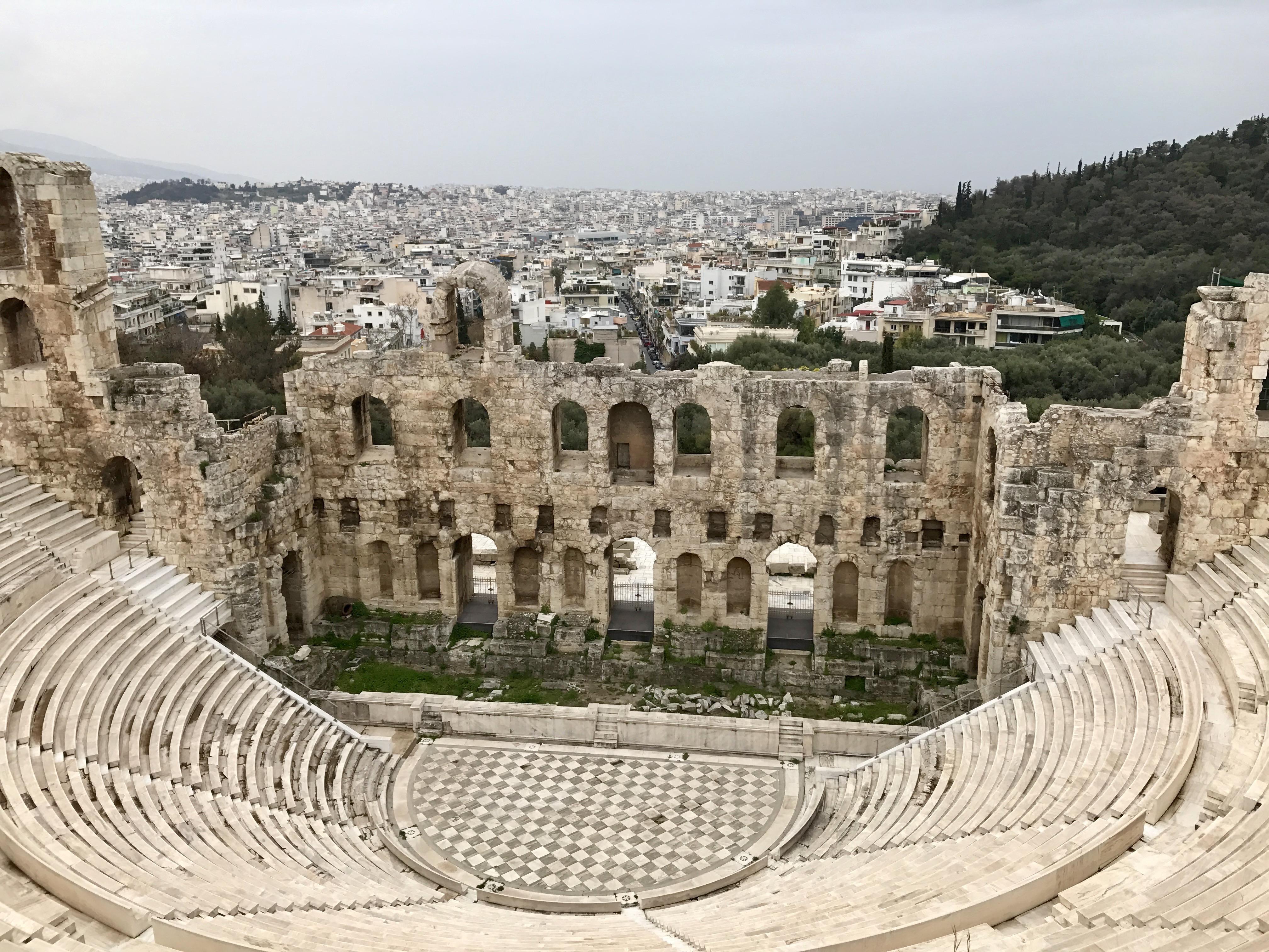 Întâlnire cu o fată în Greece