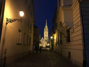 Budapesta noaptea, învăluită în mister