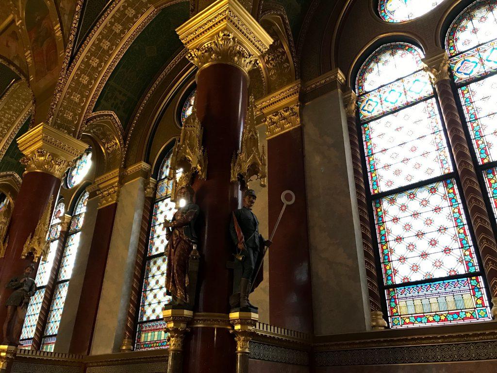 Interiorul Palatului Parlamentului din Budapesta