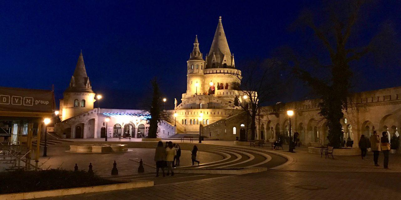 Budapesta și surprizele din romantica Buda
