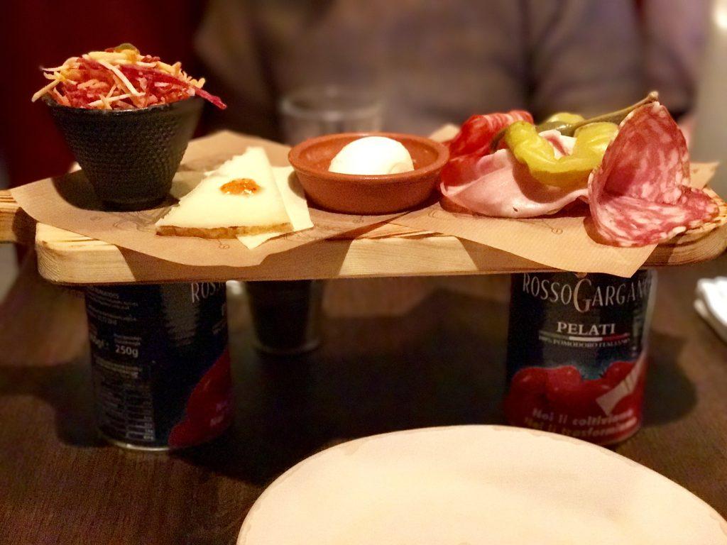 Restaurantul lui Jamie Oliver din Budapesta