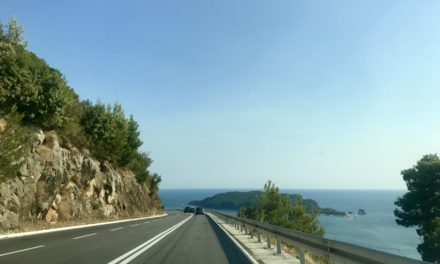 Tot ce trebuie să știți dacă vizitați Balcanii cu mașina