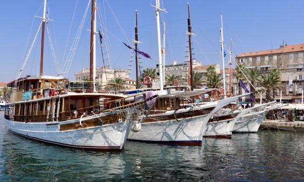 La pas pe străzile din Split