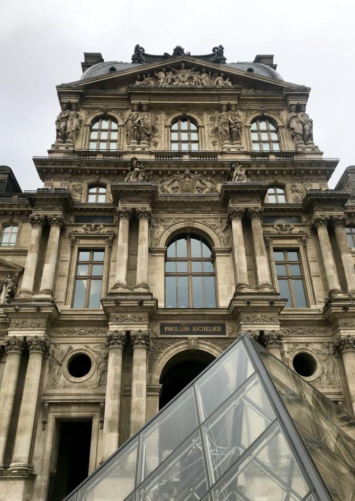 Muzeul Luvru