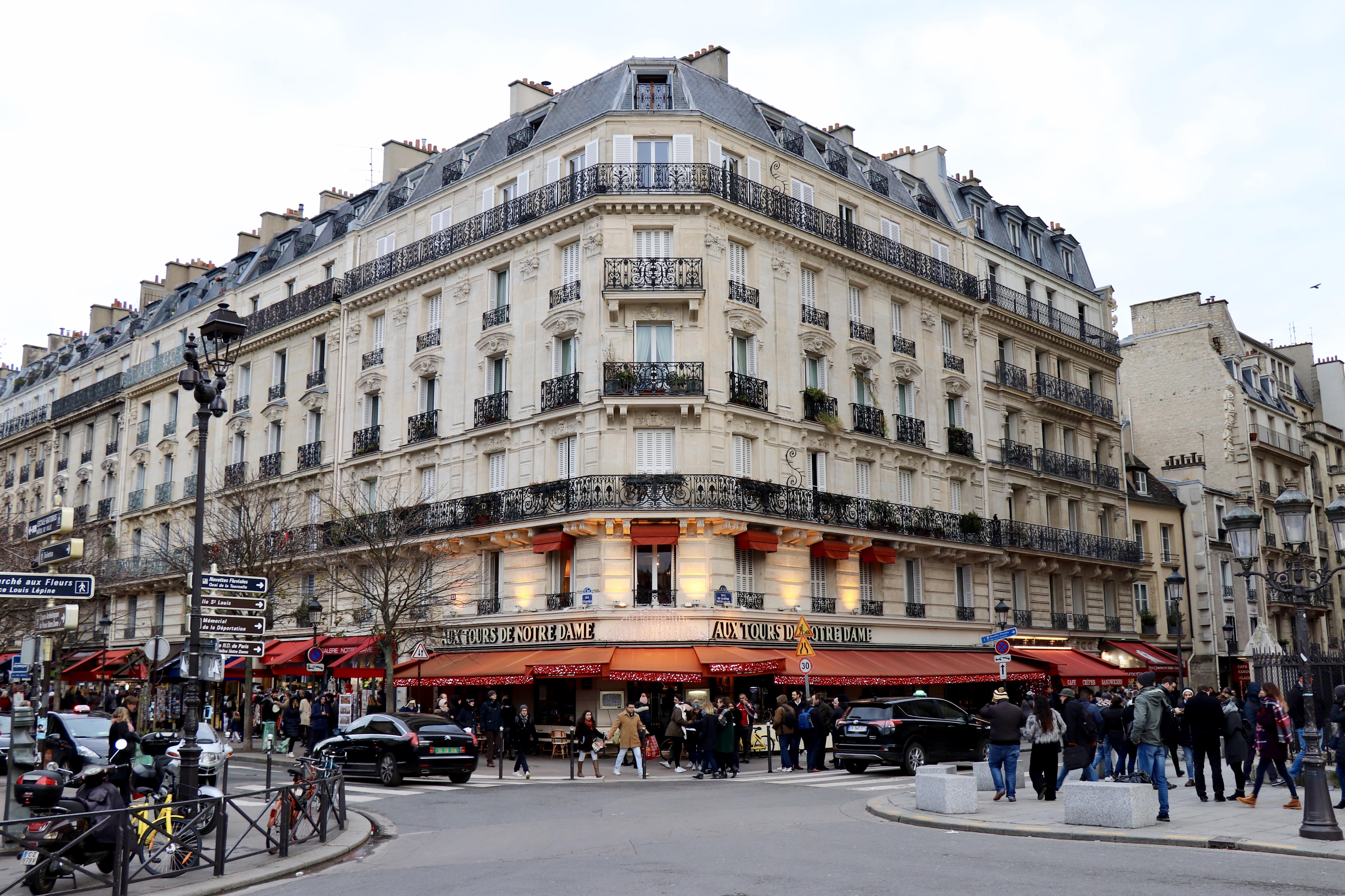 Pe străzile din Paris