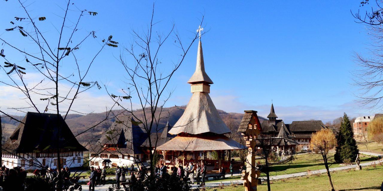 Bisericile din lemn din Maramureș – Mănăstirea Bârsana și Mănăstirea Săpânța-Peri