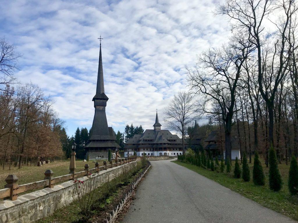 Mănăstirea Săpânța-Peri