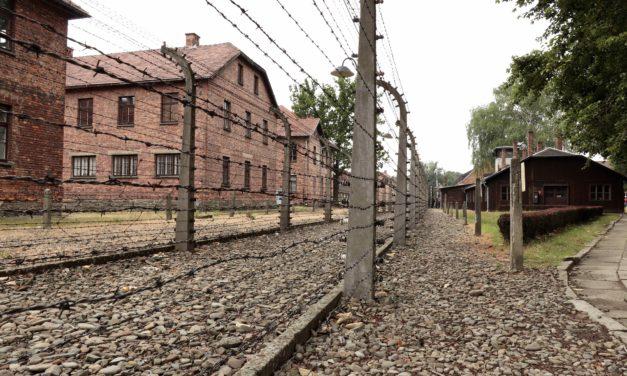 Auschwitz – 75 de ani nu sunt suficienți pentru a șterge urmele