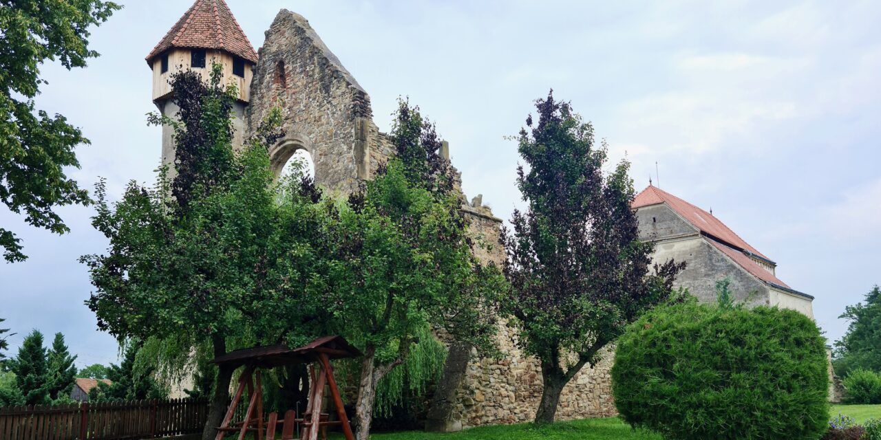 Mănăstirea Cisterciană din Cârța – o incursiune în viața monahală a Evului Mediu