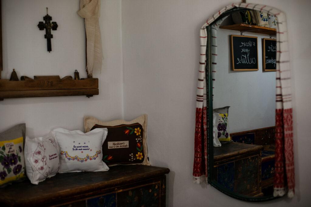 Muzeul de Pânze și Povești din Mândra, Țara Făgărașului