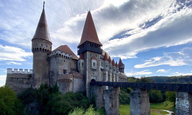 Castelul Corvinilor | Istorie și glorie