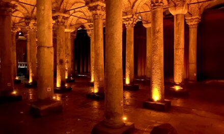 Atracții din Istanbul| Bazilica Cisternă sau Palatul Scufundat