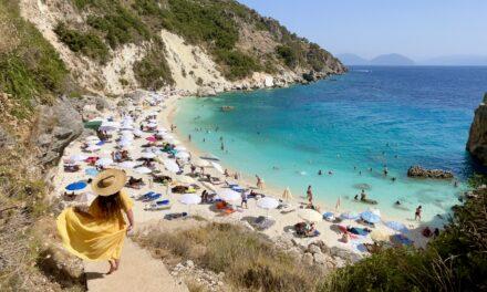 11 obiective turistice din Lefkada